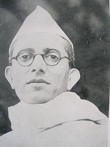 MORARJI DESAI WAS ICS AND COMPETITOR No One to Nehru